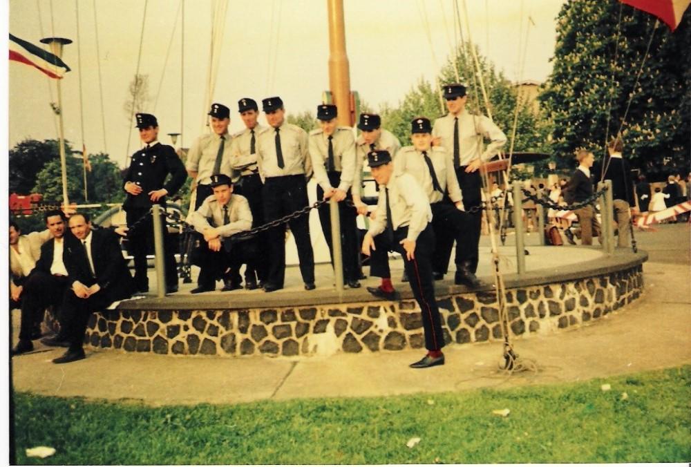 Die Löschgruppe Stallberg in den 60er Jahren nach einer Kreisübung in Niederdollendorf