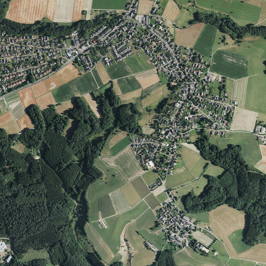 Hier sieht man ein Luftbild vom Siegburger Stadtteil Braschoß