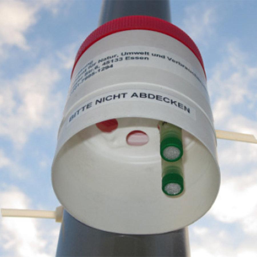 Das Bild zeigt eine NO2-Messstation