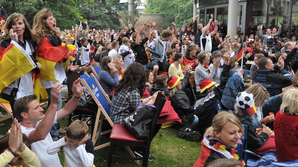 Fußball WM 2010 im S-Carre