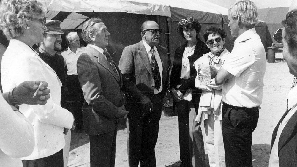 """Delegation des Siegburger Stadtrates 1977 bei einem Besuch der """"Wega"""""""