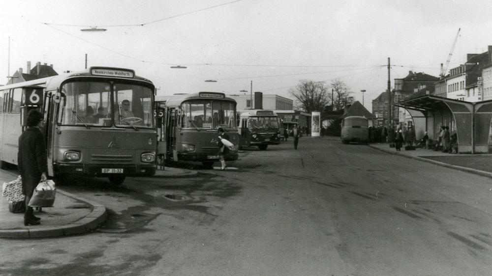 Siegburger Omnibusbahnhof Ende der 1960er