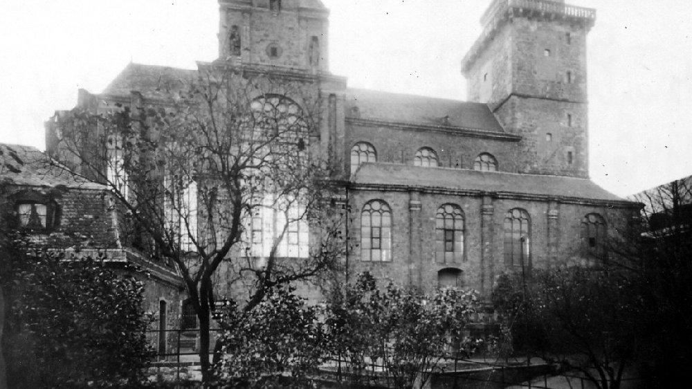 Abteikirche 1906 mit barocker Haube