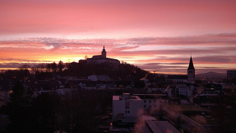 Blick auf die Abtei bei Sonnenaufgang
