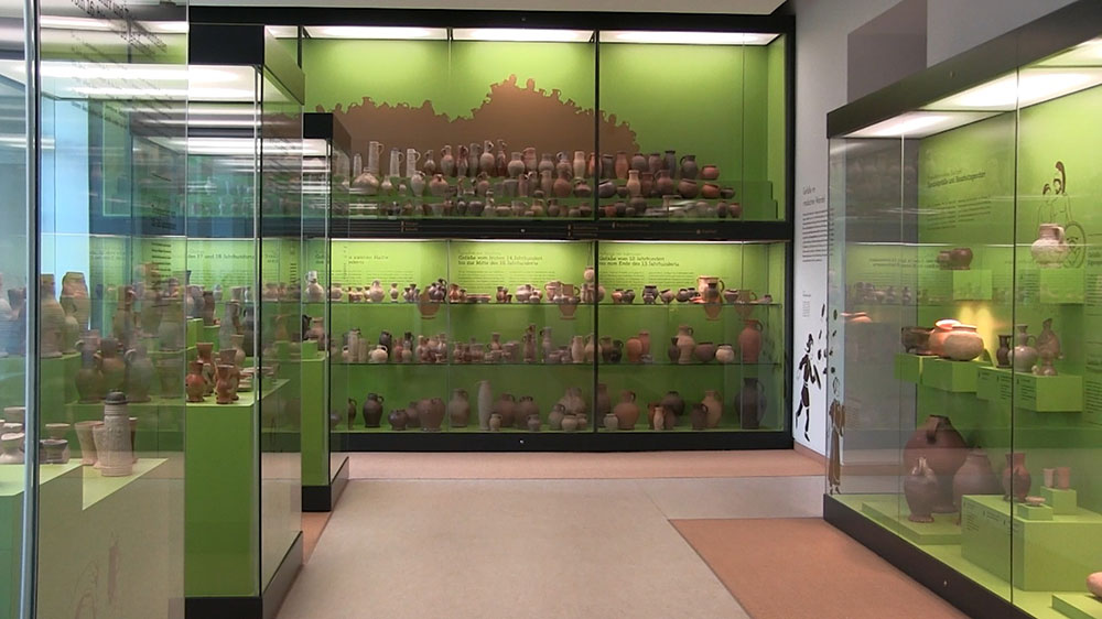 Ausstellungsvitrinen im Stadtmuseum