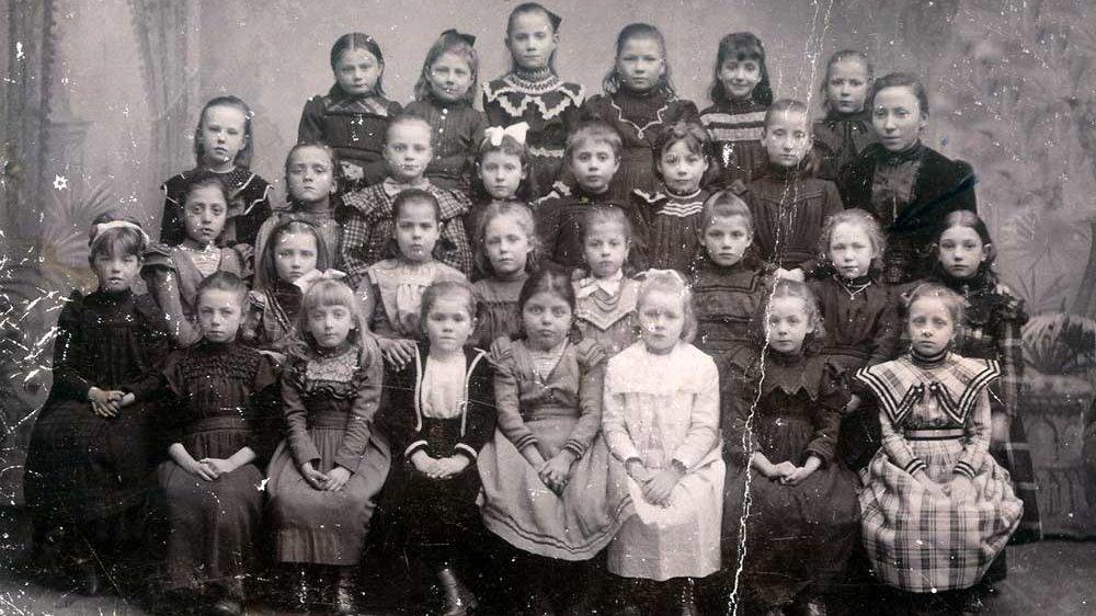 Mädchenklasse 1892