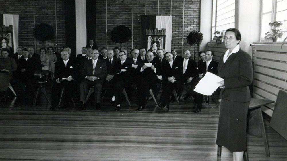 Einweihungsfeier der Turnhalle 1956
