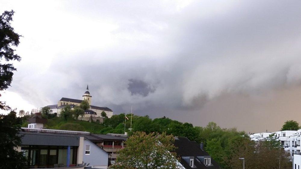 Wolkenwalze über dem Michaelsberg