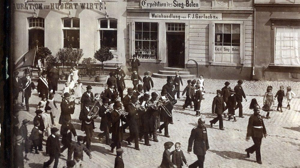 Siegbote in der Bahnhofstraße