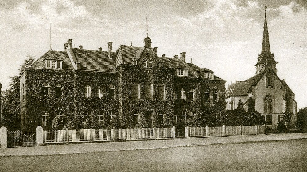 Waisenhaus Wolsdorf um 1910